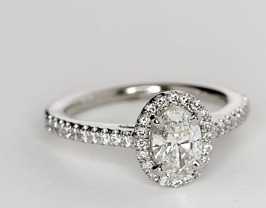 Oval Halo Diamond Engagement Ring in 14k White Gold