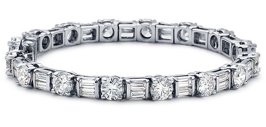 DB15500600 zoom - Diamond Bracelets